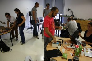 Workshop Makey Makey. Crédit photo Florelle Pacot.